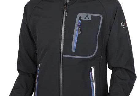 Veste de montagne softshell : bien choisir sa veste de randonnée