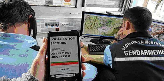 Téléphone portable en randonnée : ce qu'il faut savoir
