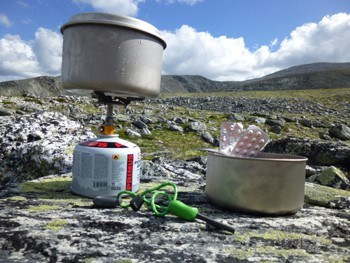 Cartouches de gaz en randonnée : comment évaluer vos besoins ?