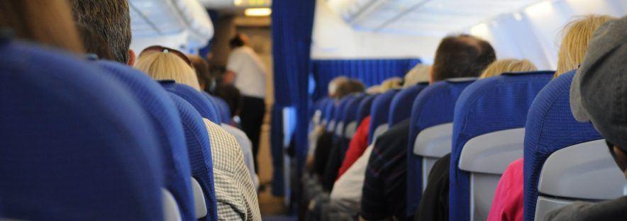 Choisir ses vêtements pour voyager en avion