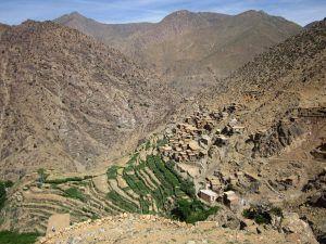 villages accrochés à la montagne (Tamatert)