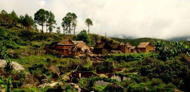 Village Zafimaniry © MahayExpedition