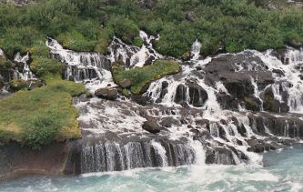 cascade Hraunfossar © Johann Dréo randonner en Islande