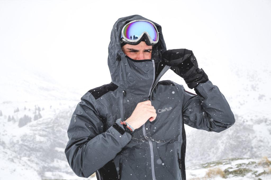 La meilleure tenue de randonnée : veste protectrice et chaude
